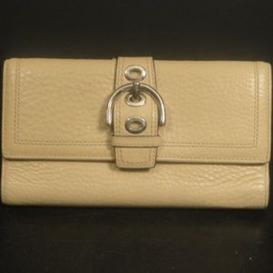 Coach Cream Pebbled Leather SoHo Large Wallet Coin